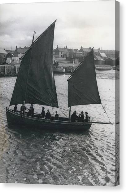 Gordonsrtoun School Seamanship Has An Important Place In Canvas Print by Retro Images Archive
