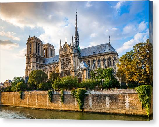 Gorgeous Sunset Over Notre Dame Cathedral Canvas Print