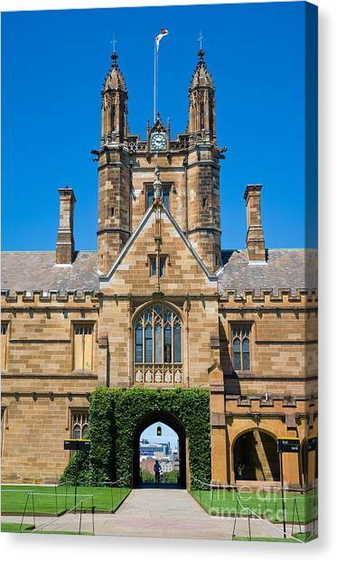 Gothic Tower And Entrance Of Sydney University Canvas Print