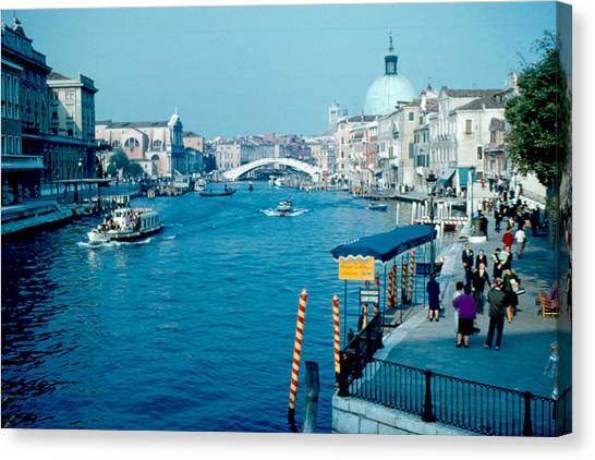 Grand Canal 1961 Canvas Print by Cumberland Warden