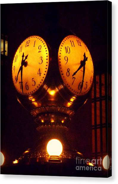 Grand Old Clock - Grand Central Station New York Canvas Print