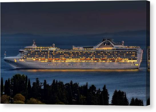 Grand Princess Canvas Print by Ships in Split