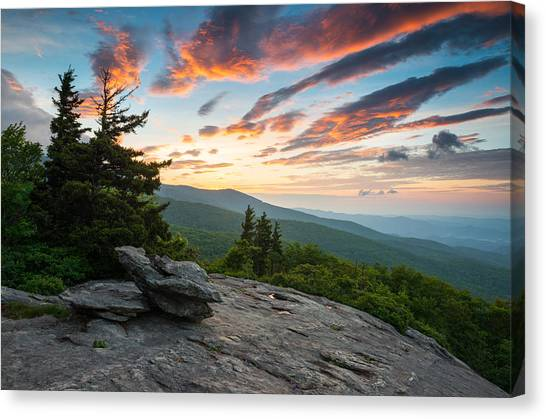 Appalachian Mountains Canvas Print - Grandfather Mountain Blue Ridge Parkway Nc Beacon Heights At Sunrise by Dave Allen