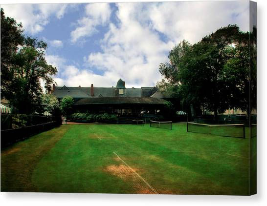 Grass Courts At The Hall Of Fame Canvas Print