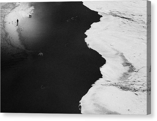 Guess Things Happen That Way Canvas Print by Rui Correia