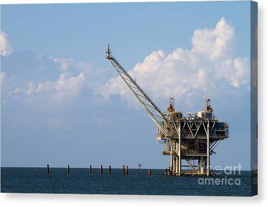 Gulf Oil Rig Canvas Print