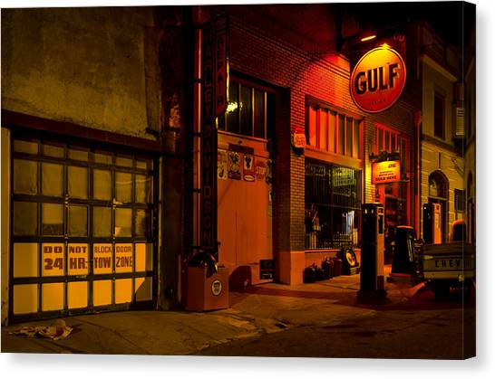 Gulf Oil Vintage Night Time Horizontal Canvas Print
