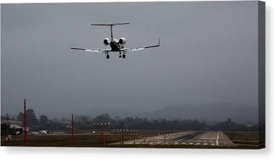 Gulfstream Approach Canvas Print