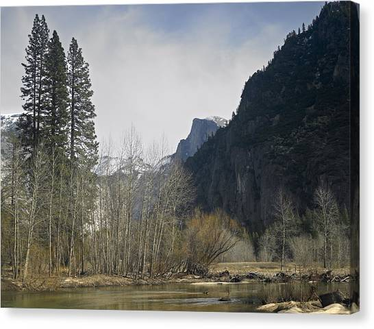 Half Dome And The Merced River In Winter Canvas Print by Richard Berry