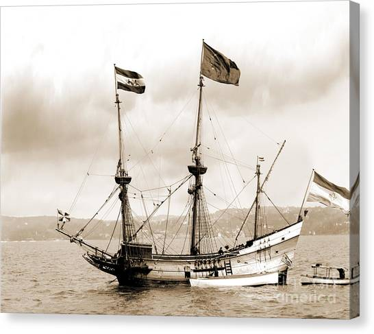 Half Moon Re-entered Hudson River After An Absence Of 300 Years In Sepia Tone Canvas Print