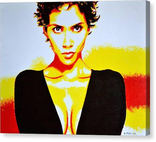 Halle Berry 2 Canvas Print