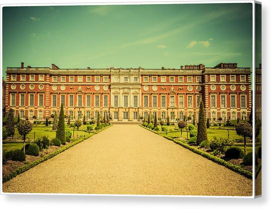 Hampton Court Palace Gardens As Seen From The Knot Garden Canvas Print