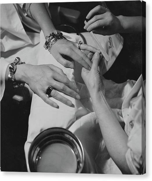 Hands Of The Comtesse Chandon De Briailles Canvas Print by Roger Schall