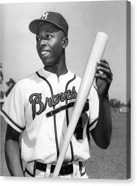 Atlanta Braves Canvas Print - Hank Aaron Poster by Gianfranco Weiss