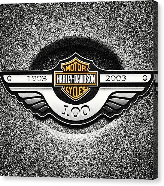 Harley Davidson Canvas Print - #harley #davidson #bikerboy Vroom by Arjav Modi