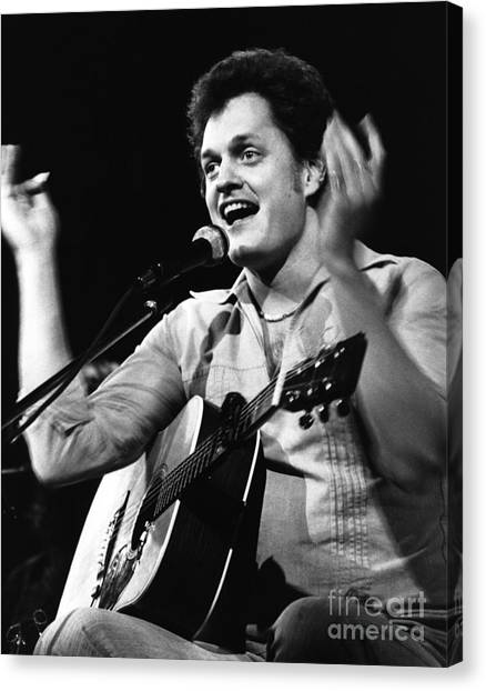 Chris Walter Canvas Print - Harry Chapin 1977 by Chris Walter