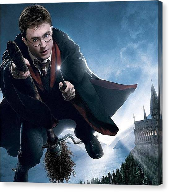 Kids Canvas Print - Harry Potter  by Oscar Lopez