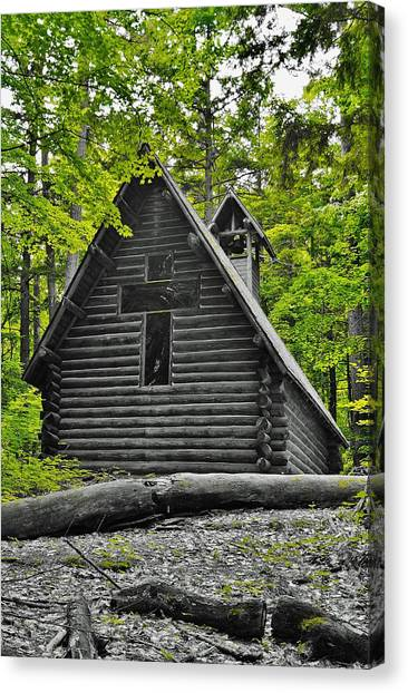 Hartwick Pines Chapel Bwg Canvas Print