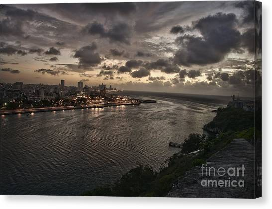 Havana Sunset Canvas Print