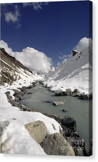 Headwaters Of Barun Khola - Makalu Base Camp Canvas Print