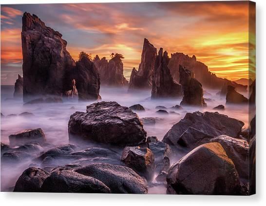 Heaven Of Rocks Canvas Print by Gunarto Song
