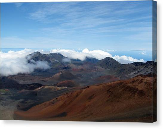 Canvas Print featuring the photograph Heavenly In Hawaii by Bob Slitzan