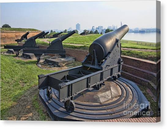 Heavy Cannon At Fort Mchenry In Baltimore Maryland Canvas Print by William Kuta
