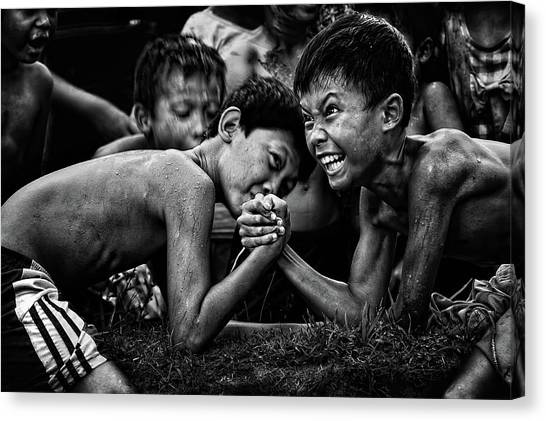 Fighting Canvas Print - Hentakan Terakhir by Adhi Prayoga