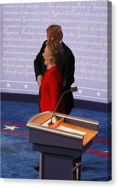 Hillary Clinton And Donald Trump Face Off In First Presidential Debate At Hofstra University Canvas Print by Pool