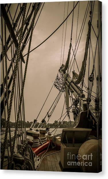 Hms Bounty Port Bow Canvas Print