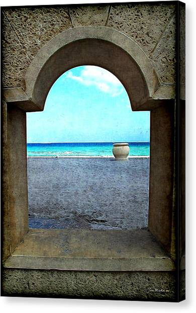 Hollywood Beach Arch Canvas Print