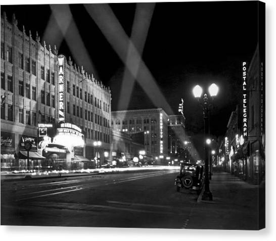 Roadway Canvas Print - Hollywood Premier by Underwood Archives