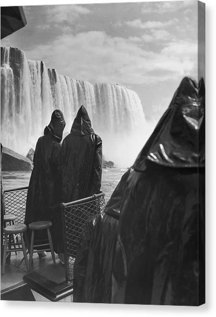 Horseshoe Falls Canvas Print - Honeymooners At Niagara Falls by Underwood Archives