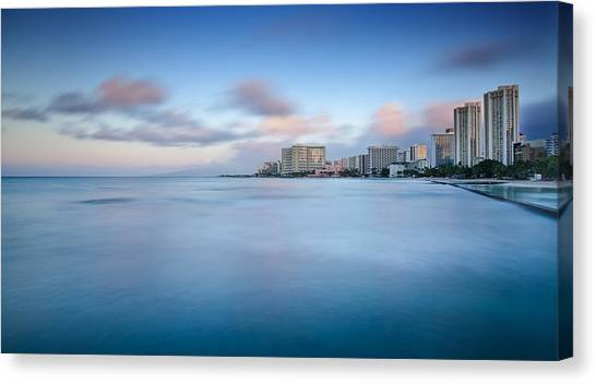 Honolulu Waikiki Early Morning Canvas Print by Tin Lung Chao