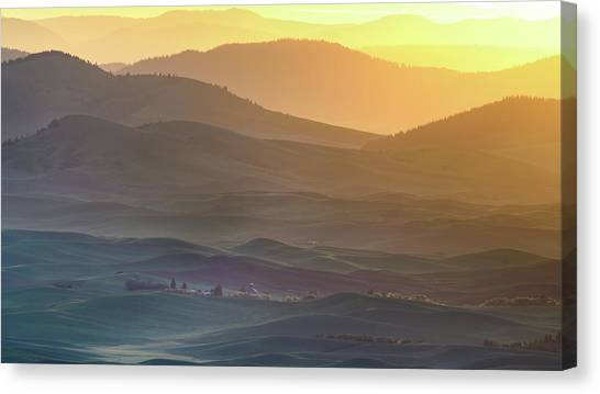 Sunrise Horizon Canvas Print - Horizon Profile Of Palouse by ??? / Austin
