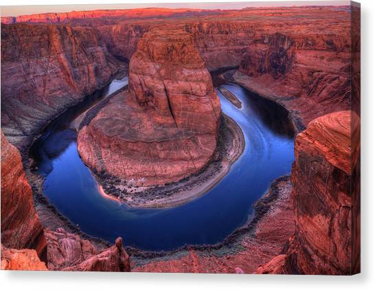 Horseshoe Bend At Sunrise Canvas Print