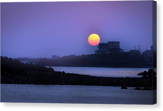 Hull Of A Sunrise Canvas Print