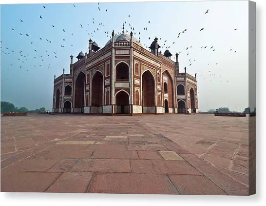 Humayuns Tomb Canvas Print by Ankur Dauneria