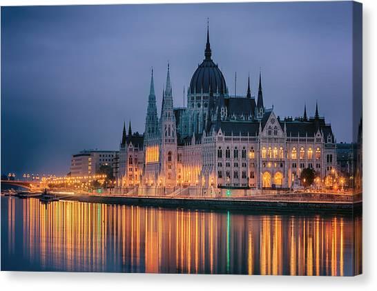 Budapest Canvas Print - Hungarian Parliament Dawn by Joan Carroll