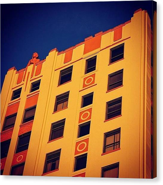 Iger Canvas Print - Huntington Bldg. - Miami ( 1925 ) by Joel Lopez
