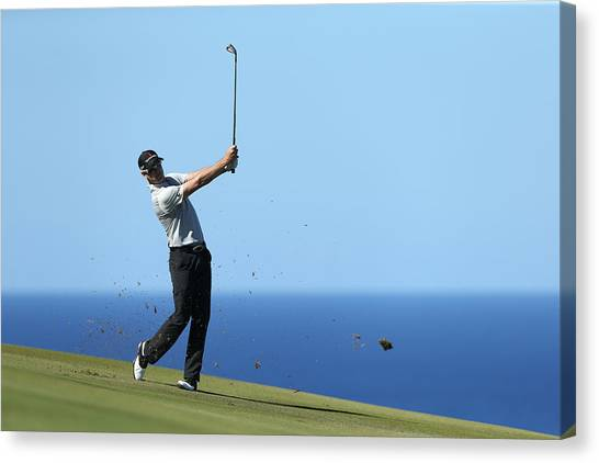 Hyundai Tournament Of Champions - Round Two Canvas Print by Andy Lyons