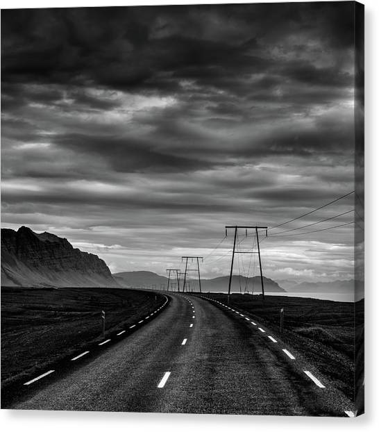 Iceland Impressions 05 Canvas Print by George Digalakis