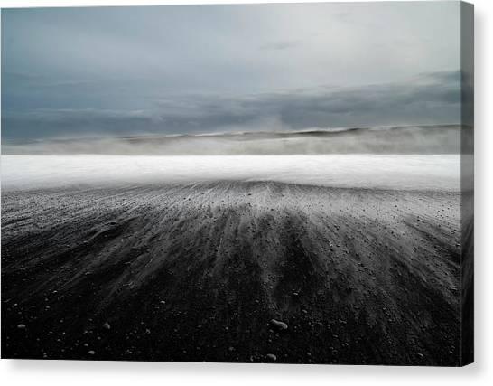 Iceland Vik Canvas Print by Ronny Olsson
