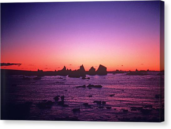 Mirages Canvas Print - Icerbergs At Sunset by Simon Fraser/science Photo Library