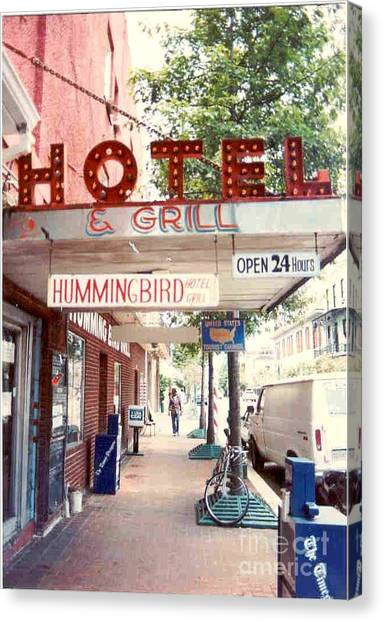 Iconic Landmark Humming Bird Hotel And Grill In New Orelans Louisiana Canvas Print