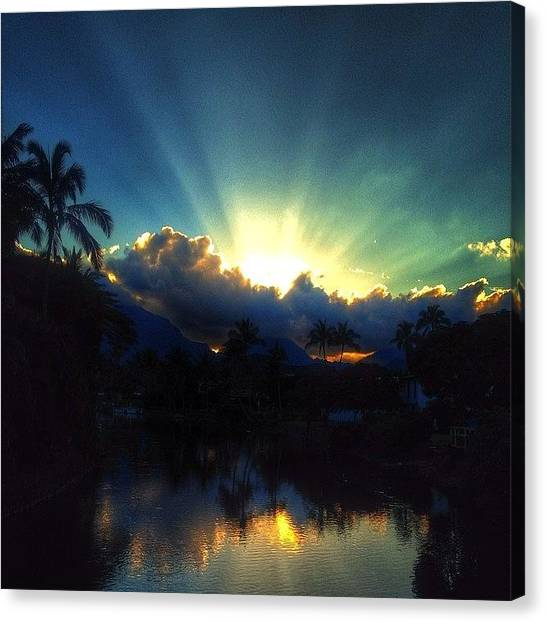 Hawaii Canvas Print - #igtube #igaddict #hawaiistagram by Brian Governale