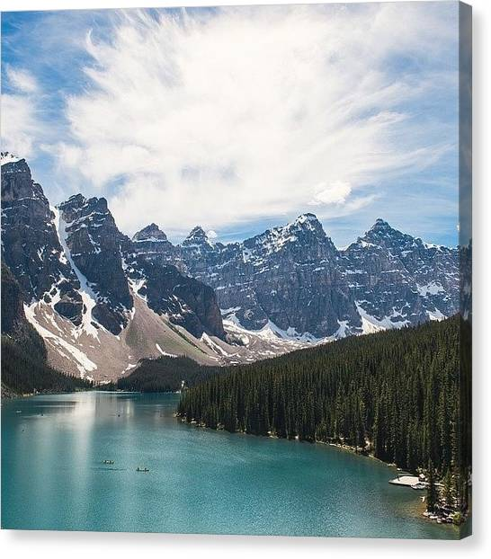Wallpaper Canvas Print - Moraine Lake by Andrew Burgos