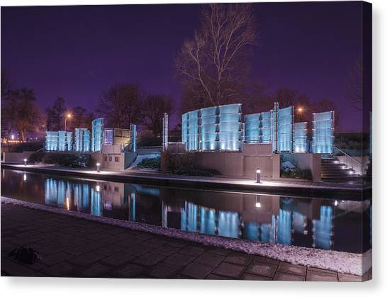Indianapolis Canal Walk Medal Of Honor Memorial Night Lights Canvas Print