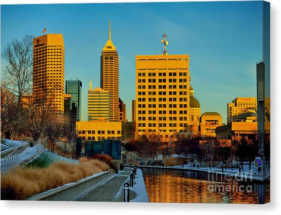 Indianapolis Skyline Dynamic Canvas Print