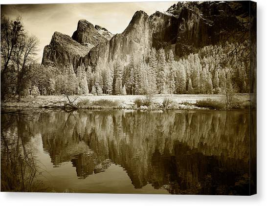 Infrared View Of Yosemite Canvas Print